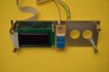 Die Trägerplatte mit OLED-Display und ZERO-Taster